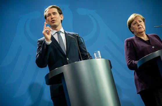 Bundeskanzler Sebastian Kurz (ÖVP, links) präsentiert einen Gegenentwurf zum von Emmanuel Macron und Angela Merkel (Bild rechts) vorgestellten deutsch-französischen Wiederaufbauplan.