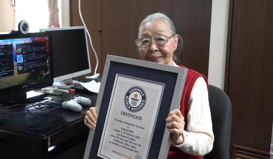 Eine 90-jährige Japanerin liebt Videospiele. Sie spielt sieben bis acht Stunden pro Tag. Nun hat sie den Guinness-Weltrekord aufgestellt.