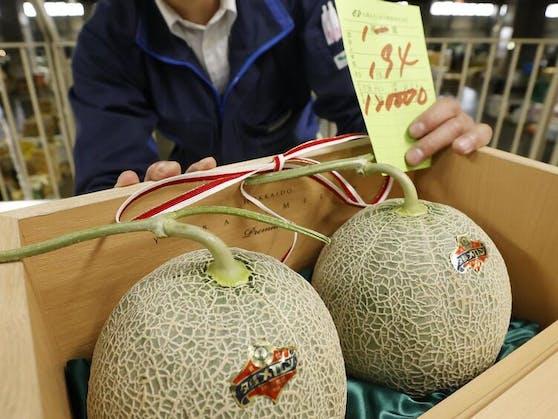 Ein Angebot für Schnäppchenjäger: Die teuersten Melonen der Welt erleiden durch die Coronakrise einen großen Wertverfall.
