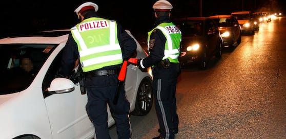 Symbolbild einer Polizeikontrolle