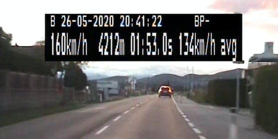 Mit bis zu 206 km/h donnerte der Lenker über die Straßen.
