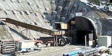Tunnelarbeiter (59) von Baufahrzeug überrollt: Tot