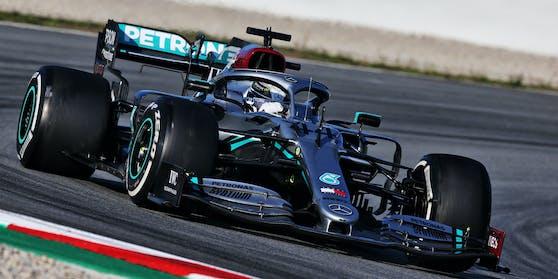 Lewis Hamilton in seinem Silberpfeil