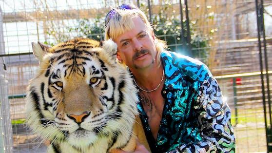 Ex-Zoobesitzer Joe Exotic verbüßt derzeit eine 22-jährige Haftstrafe und hofft auf eine Begnadigung.