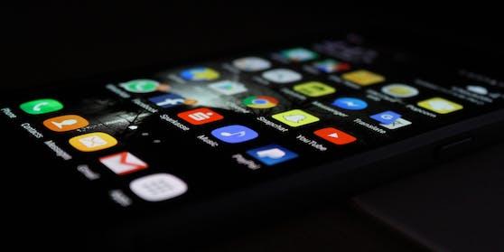 Ein mysteriöses Bild lässt massenweise Android-Smartphones abstürzen.