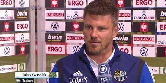 Saarbrücken-Coach Lukas Kwasniok gefiel die Frage des ARD-Reporters nicht.