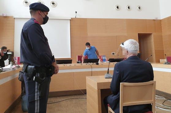 Der 57-Jährige im vergangenen Jahr vor Gericht
