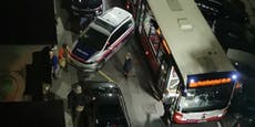Wegen Einsatz wurde Straße in Wien für Bus zu eng