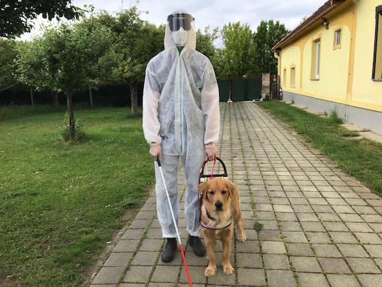 Die vorgeschriebene Montur für eine Hundeprüfung.