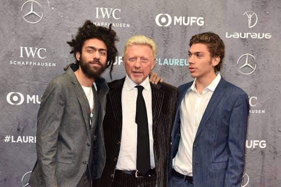 Boris Becker mit seinen Söhnen Noah (l.) und Elias