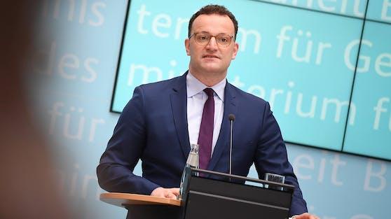Der deutsche Gesundheitsminister Jens Spahn will Fieberambulanzen in Deutschland einführen.