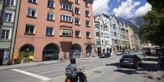 Der Innsbrucker Stadtteil Hötting mit der Nordkette im Hintergrund. Symbolbild