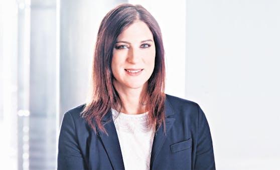 """""""Bei Zinsen UND Ös können Sie bei der BAWAG P.S.K. aufs richtige Pferd setzen"""", erklärt Mag. Susanne Rath-Bebié, Investment und Sparen BAWAG P.S.K."""