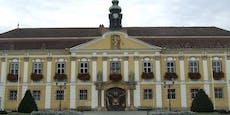 Vier Rathaus-Mitarbeiter in Stockerau positiv gestestet