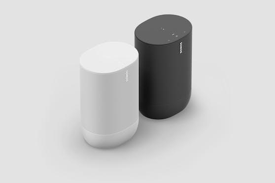 Sonos Move liefert bis zu 11 Stunden Sound, dank Akkubetrieb. Natürlich geht die Musik auch weiter, wenn der Move im Ladering steht.