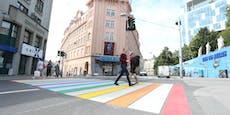 Regenbogen-Streifen für Fußgänger