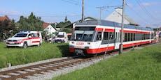 Schüler (14) von Zug erfasst: schwer verletzt
