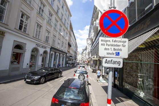 49.000 Autos fahren täglich über die sechs Hauptrouten über Ring und Kai in die Wiener Innenstadt ein.