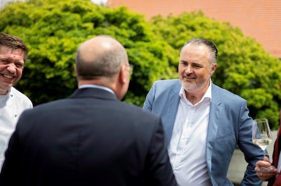 Burgenlands Landeshauptmann Hans Peter Doskozil (SPÖ) will so schnell wie möglich einen Mindestlohn von 1.700 Euro netto.