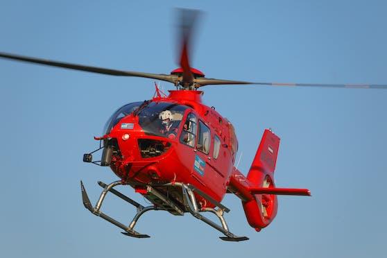 Mit dem Rettungshubschrauber wurde die Frau ins Spital nach Wels geflogen.