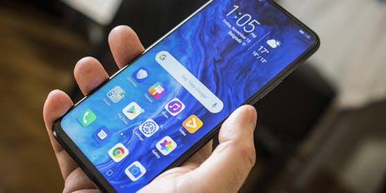 Das Reparatur-Portal Wertgarantie hat 48 verschiedene Modelle von Smartphones aufgrund ihrer Reparatur-Häufigkeit bewertet. (Symbolbild).