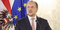 Außenminister saß 7.000 Minuten in Videokonferenzen
