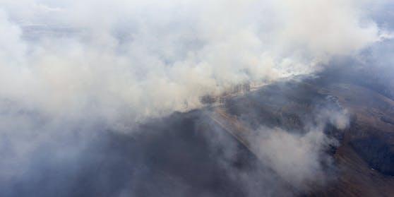 Luftaufnahme eines Flurbrands in der Nowosibirsk-Region Russlands am 23. April 2020. Archivbild