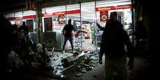 Plünderungen bei Anti-Polizei-Krawallen in Stuttgart