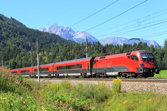 Die betreffende Person fuhr von Salzburg nach Bischofshofen und von dort weiter nach Graz. Symbolfoto.