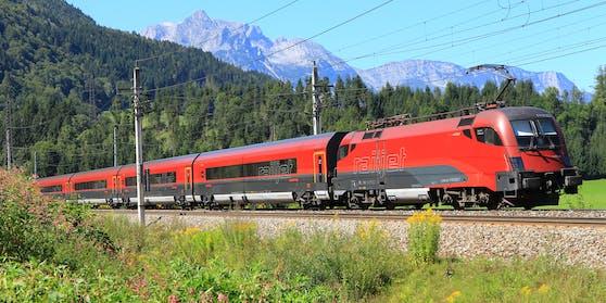 Die positiv getestete Person fuhr mit dem Zug nach Wien.