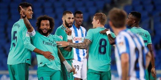 Real Madrid jubelt über die Tabellenführung.