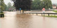 Plötzlich wurden ganze Straßen zu reißenden Flüssen