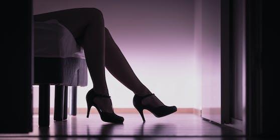 Auslöser für die Schwerpunktkontrollen waren Inserate im Internet in Bezug auf das Angebot von Sexarbeit in Privatwohnungen.