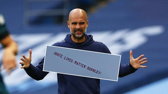 Manchester-City-Coach Pep Guardiola ist fassungslos über die rassistische Aktion