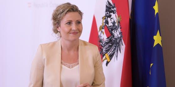 """Integrationsministerin Susanne Raab (ÖVP): """"Antisemitismus, egal aus welcher Richtung er kommt, hat in Österreich keinen Platz."""""""