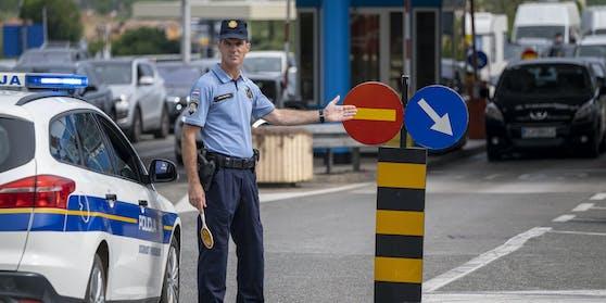 Slowenien erwägt, seine Grenze zu Kroatien wegen Corona-Neuinfektionen wieder zu schließen.