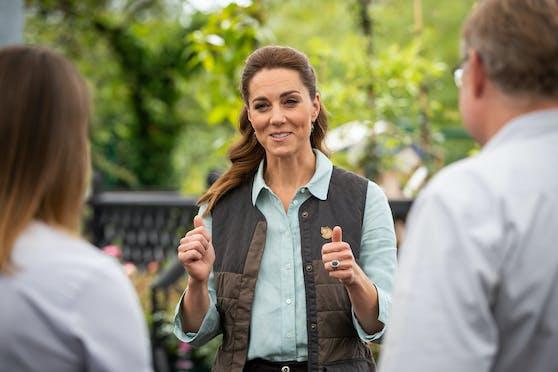 Ihr erster offizieller, analoger Termin nach dem Corona-Shutdown führte Herzogin Kate in das familienbetriebene Garden Centre in Norfolk.