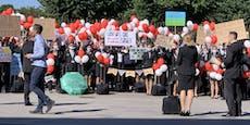 Fluglinie Level pleite: Nun demonstrieren Mitarbeiter
