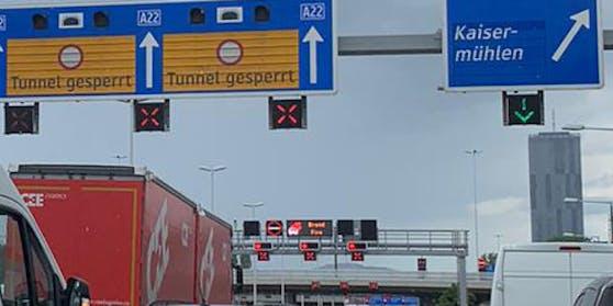 Tunnel-Sperre auf der A22