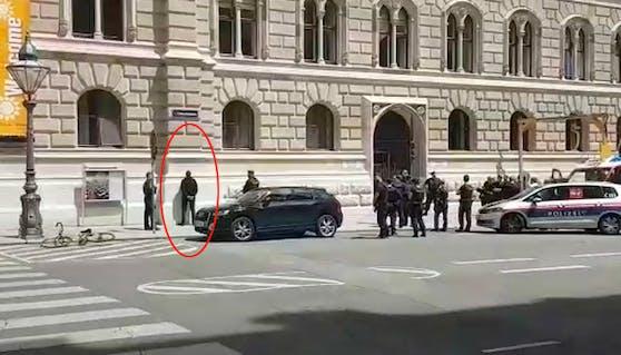 Rathaus Wien: Mann rief Allahu Akbar, wollte sich anzünden