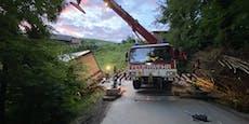 Von Navi auf Radweg gelotst: Lkw fast abgestürzt
