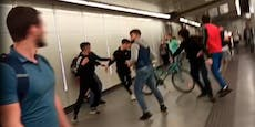 Bei Demo: Prügel-Attacke in Wiener U-Bahn-Station