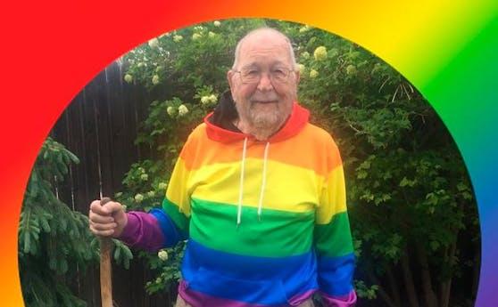 Der US-Amerikaner Kenneth Fells lebt mit 90 Jahren endlich offen sein wahres Ich.