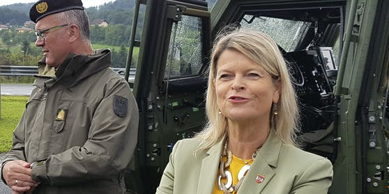 Klaudia Tanner lässt den Nationalen Sicherheitsrat einberufen.