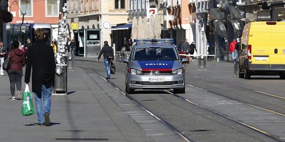 Die Grazer Polizei fahndet nach den Tätern. Symbolbild.