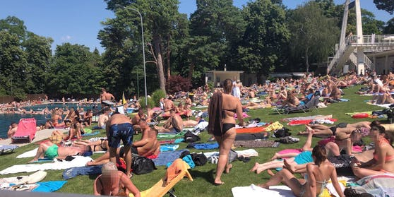 Das Schönbrunner Bad am ersten Hitzewochenende im Juni.