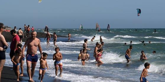 Ab Sonntag dürfen Touristen aus der EU und einigen anderen Ländern ohne Quarantäne nach Italien reisen. (Symbolbild)
