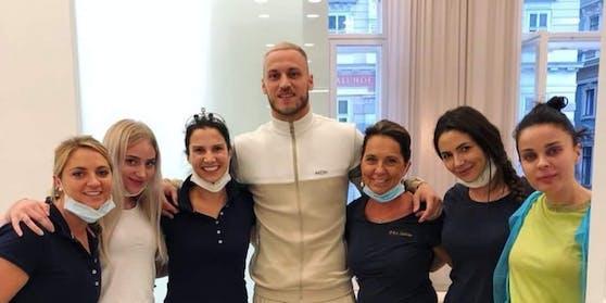 Marko Arnautovic und die Mitarbeiterinnen der Ordination.