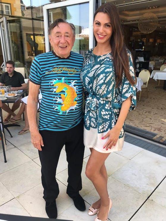Richard Lugner mit Ed-Hardy-Shirt und Kasper-Ex.