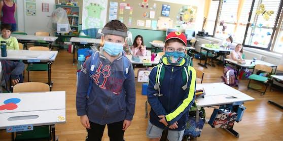 Im nächsten Schuljahr fallen die Masken.